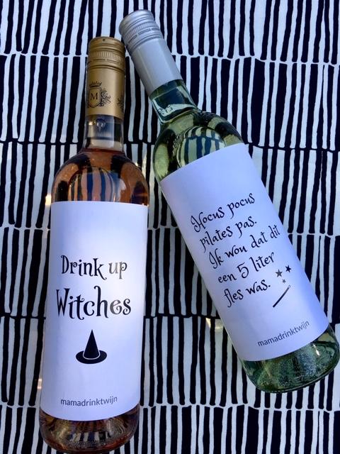 Halloween Kado Idee, wijnetiketten van Mama Drinkt Wijn maken van elke gewone fles wijn een origineel kado