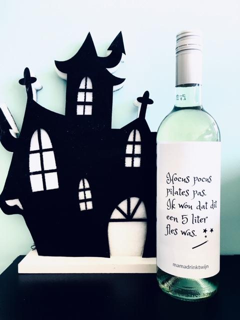 Hocus Pocus wijnetiket, plak humor op je fles wijn
