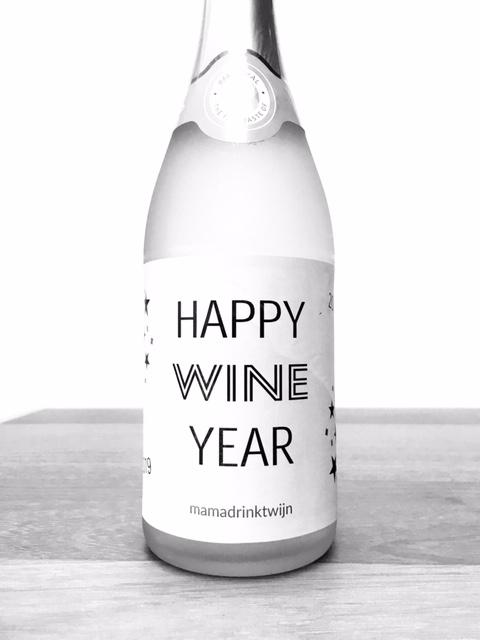 Happy Wine Year, origineel wijnetiket voor op je bubbel tijdens Oud & Nieuw
