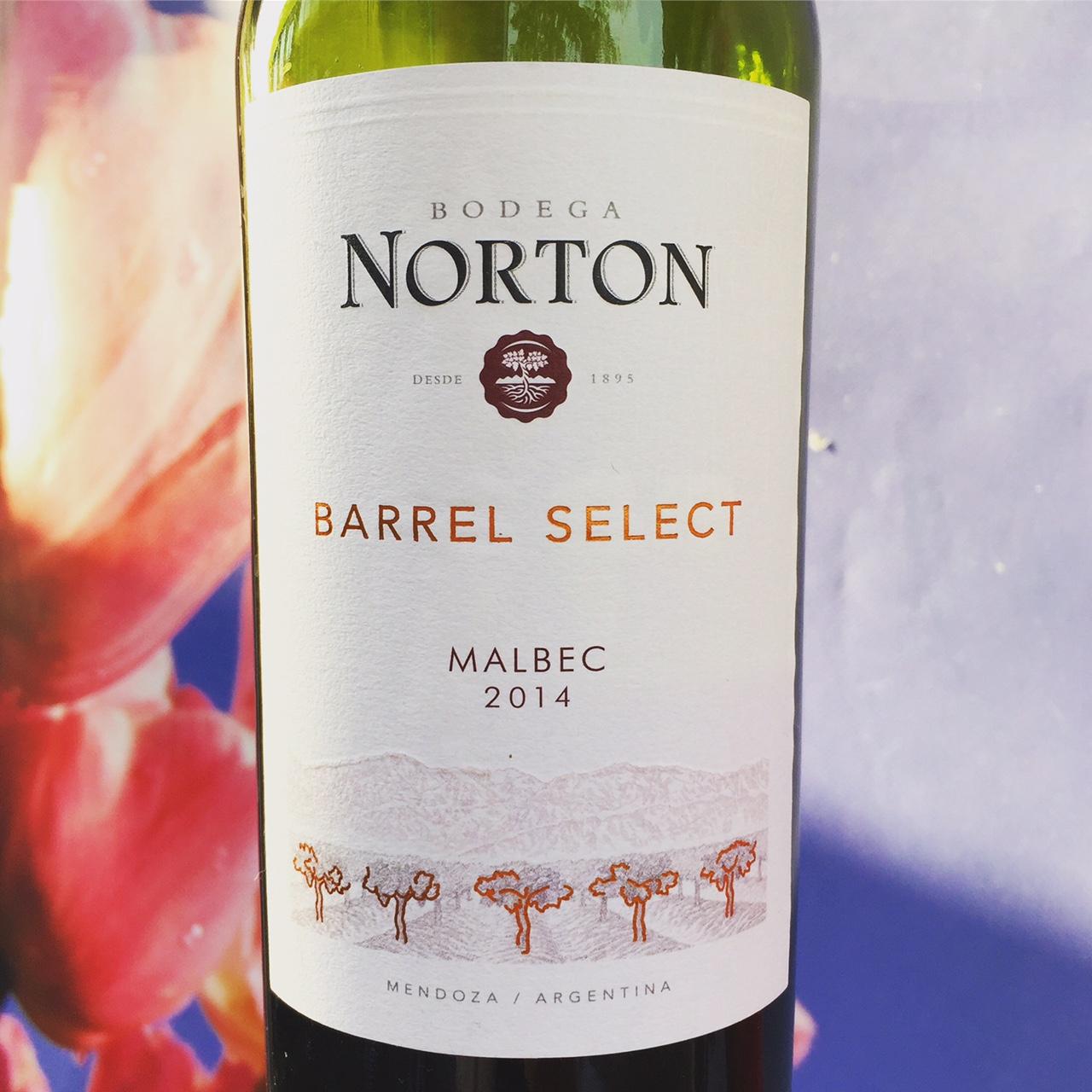 Norton Malbec wijnreview door Mama Drinkt Wijn, vinoloog sinds 2006