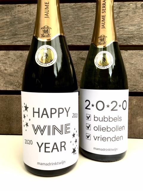 Wijnetiketten voor Oud en Nieuw, plak humor op je fles bubbels