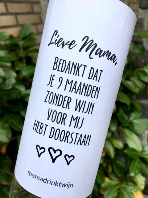 Wijnetiket Lieve Mama, perfect leuk en goedkoop moederdag cadeau