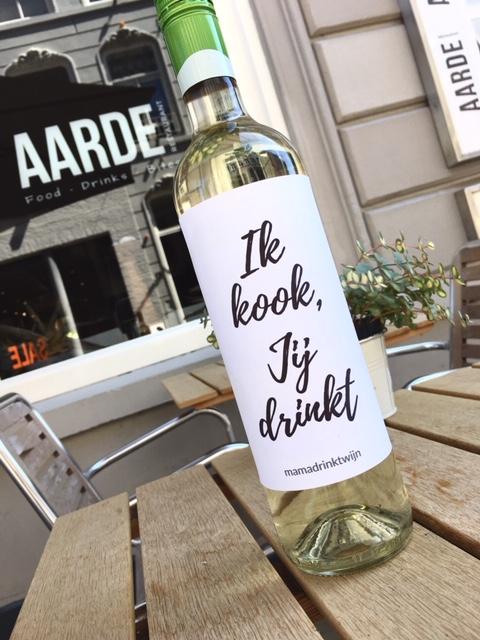 Wijnetiket Jij Drinkt, leuke verrassing voor je gasten. Zet iets origineels op tafel!
