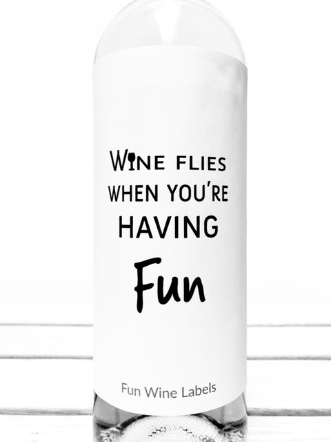 Wijnetiket Wine Flies van fun wine labels