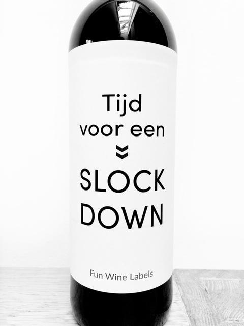Wijnetiket Slock Down, voor een borrel bij je thuis